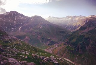 Manali-Rohtang Pass Tour from Delhi